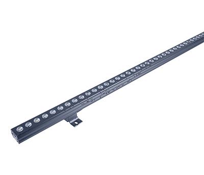 亮化灯具厂家运用线形照明灯具多的商业综合体